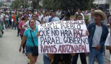 141027-mexico-protestas-43-estudiantes-desaparecidos-01-690x400