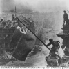 150514-soviet-soldiers-flying-red-flag-over-ruins-reichstag-berlin-690x460