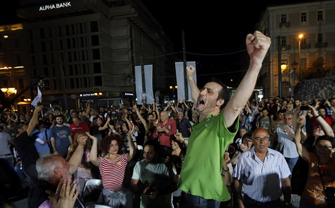 Grecia – Gran victoria popular contra los ajustadores